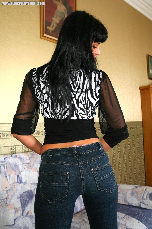 Jeans Very Tight   Jeansarsch - Jeans Girls in engen Jeans