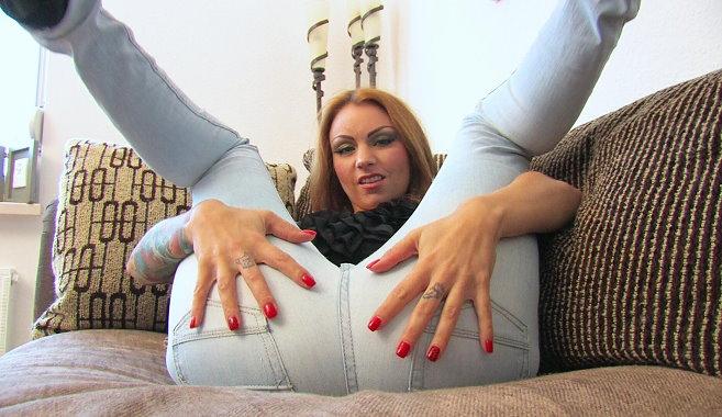sexy-jenny-jeans-2